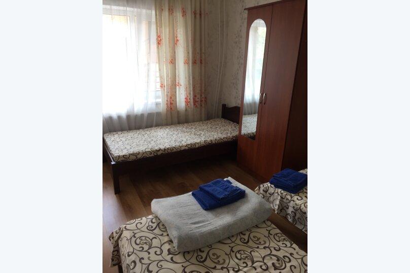 """Гостевой дом """"На Суворова 23"""", улица Суворова, 23 на 7 комнат - Фотография 18"""