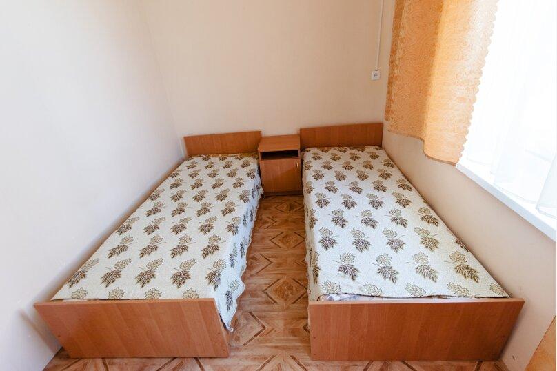 """Гостевой дом """"Эльсер"""", Гаспринского, 5 на 7 комнат - Фотография 13"""