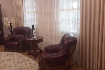 Дом, 200 кв.м. на 10 человек, 3 спальни, Миндальная улица, 6, Феодосия - Фотография 2
