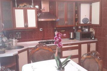 Дом, 200 кв.м. на 10 человек, 3 спальни, Миндальная улица, 6, Феодосия - Фотография 3