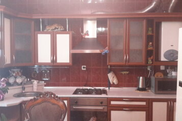 Дом, 200 кв.м. на 10 человек, 3 спальни, Миндальная улица, 6, Феодосия - Фотография 4