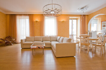 3-комн. квартира, 110 кв.м. на 5 человек, Большая Морская улица, Центральный район, Санкт-Петербург - Фотография 1