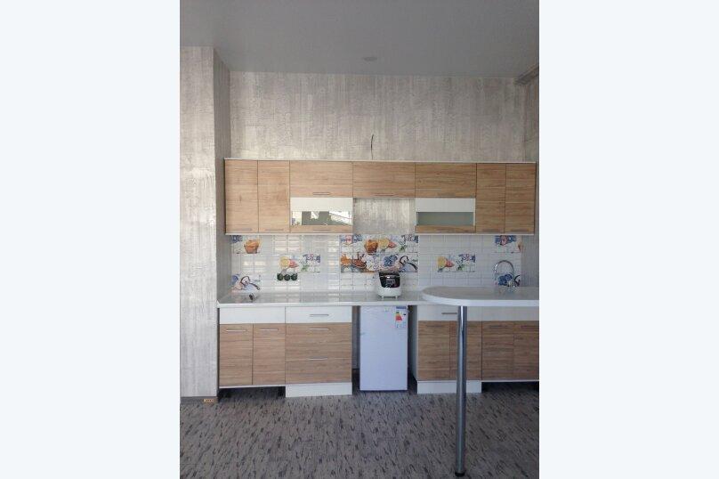 Супер люкс номер с кухней, улица Революции, 1, Евпатория - Фотография 1