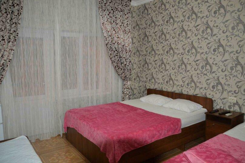 3-х местный номер, улица Туманяна, 8, Алахадзы - Фотография 2