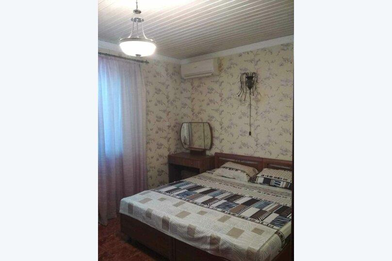 VIP Коттедж с кухней и бассейном, 80 кв.м. на 4 человека, 1 спальня, улица Ленина, 131, Кучугуры - Фотография 4