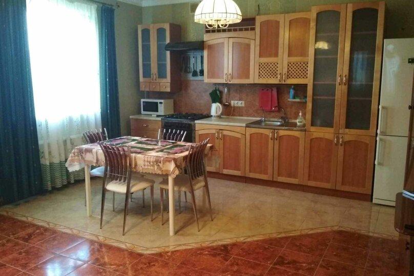 VIP Коттедж с кухней и бассейном, 80 кв.м. на 4 человека, 1 спальня, улица Ленина, 131, Кучугуры - Фотография 10