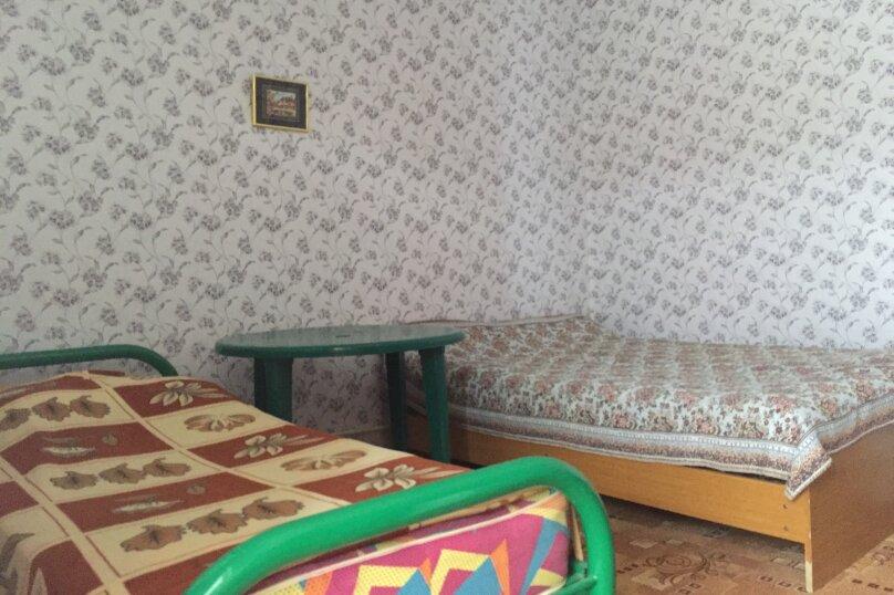 Трехместный номер эконом, Радужная улица, 6, Кабардинка - Фотография 2