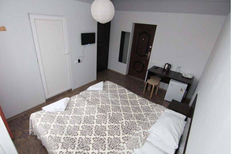 """Гостевой дом """"Инсайт Хаус"""", Кленовая улица, 13 на 14 комнат - Фотография 24"""