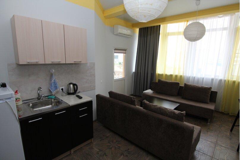 """Гостевой дом """"Инсайт Хаус"""", Кленовая улица, 13 на 14 комнат - Фотография 28"""
