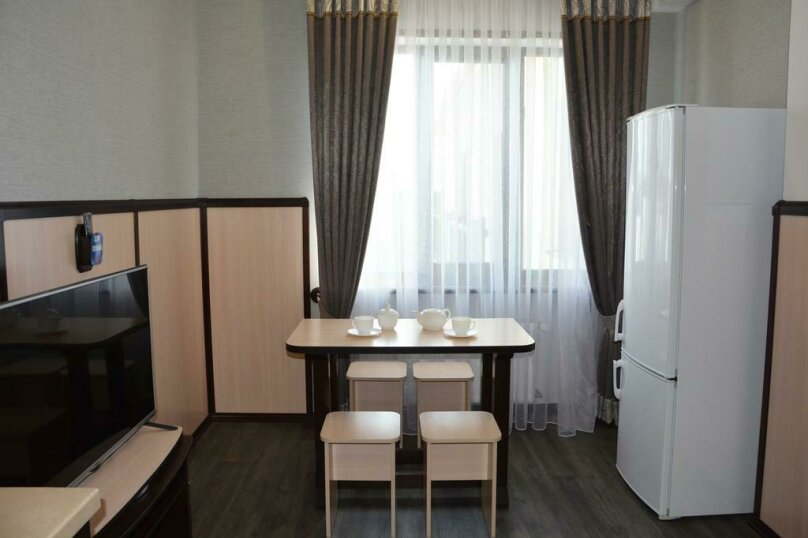 Отдельная комната, Черноморская набережная, 39, Феодосия - Фотография 3