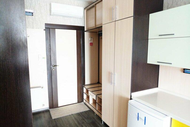 Трехместный с балконом, Черноморская набережная, 39, Феодосия - Фотография 4