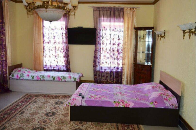 Номер 7мест с удобствами на этаже, Колхозная улица, 12Б, Новомихайловский - Фотография 2