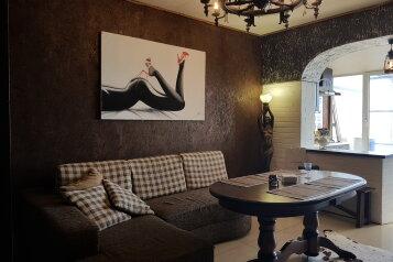 VIP-дом с выходом к морю, 80 кв.м. на 5 человек, 1 спальня, улица Адмирала Крюйса, 30, Таганрог - Фотография 2