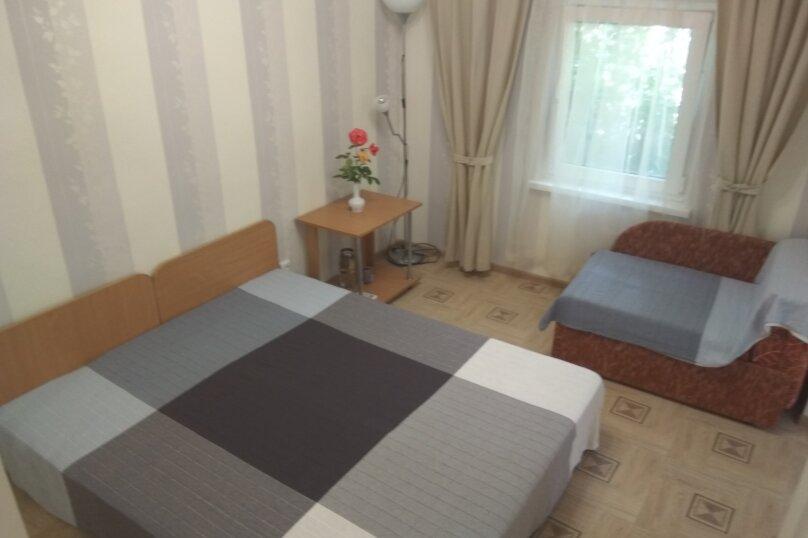 Отдельная комната, улица Ленина, 51, Морское - Фотография 1