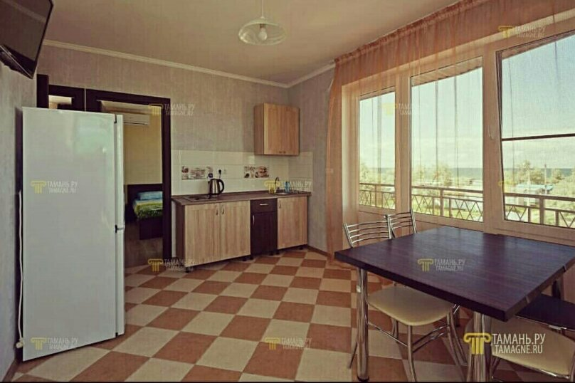 4-местный двухкомнатный номер с балконом, Солнечная улица, 1, ПК Кавказ, Голубицкая - Фотография 5