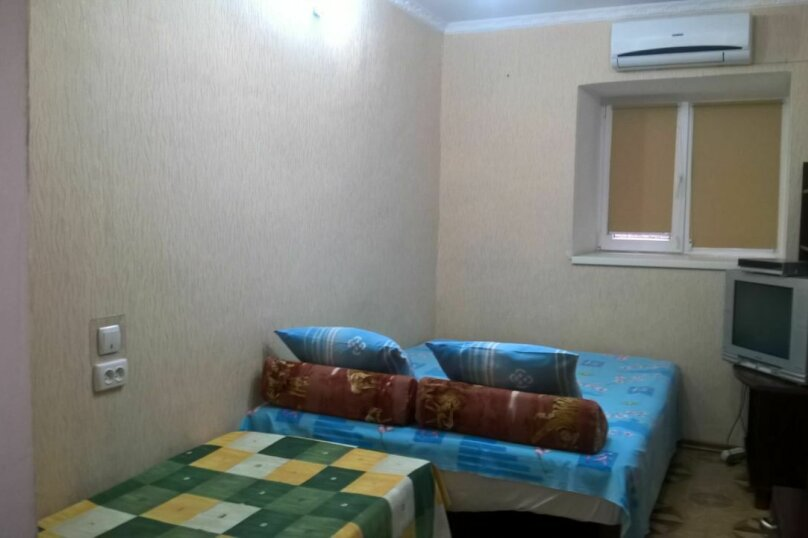 2х комнатный номер со всеми удобствами, улица Михаила Баранова, 16, Симеиз - Фотография 1