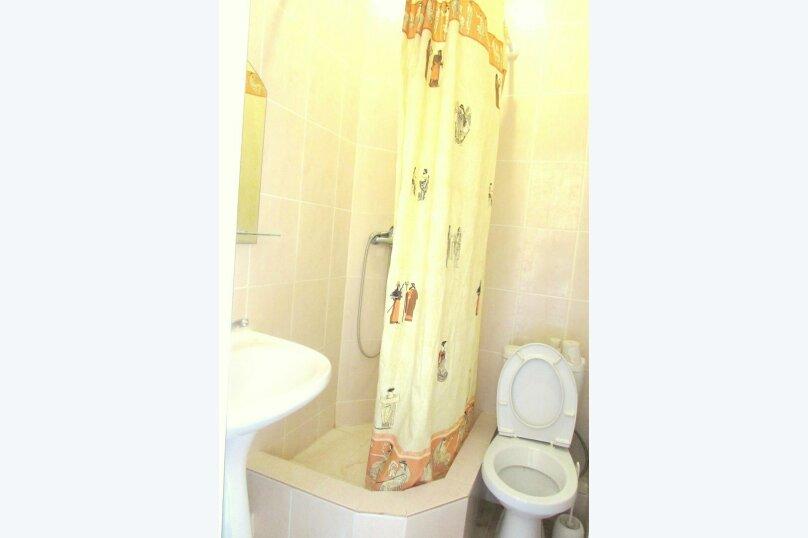 Стандартный двухместный номер с душем и санузлом, Черниговская улица, 18, Геленджик - Фотография 2