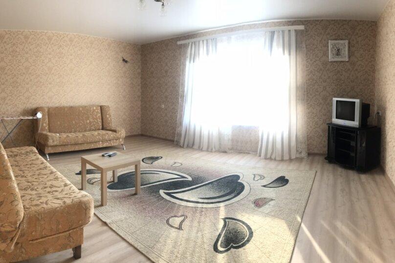 Апартаменты с отдельным входом на первом этаже, Родниковая, 2, село Прибрежное - Фотография 1