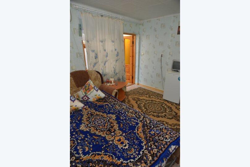 """Гостевой дом """"На 14 Апреля 17"""", улица 14 Апреля, 17 на 3 комнаты - Фотография 9"""