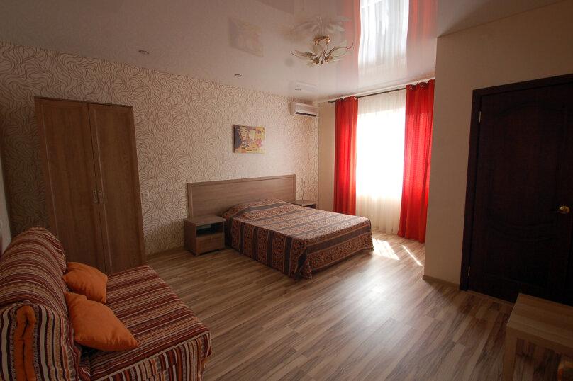 Комфортное размещение на 2-4 человека с террасой и мини-кухней, третий этаж, улица Кирова, 9Б, Дивноморское - Фотография 2