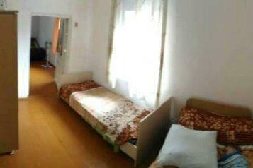 Дом, 62 кв.м. на 8 человек, 3 спальни, Приморская, 14, Керчь - Фотография 2