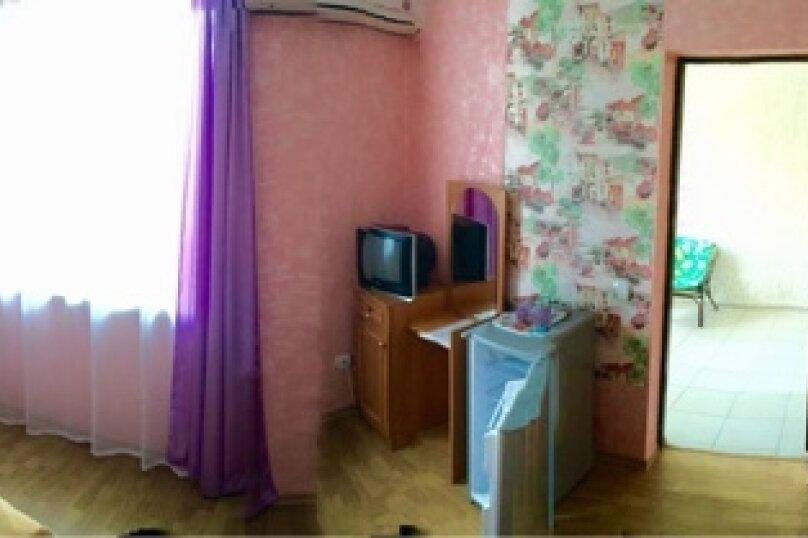 """Гостевой дом """"У Людмилы"""", Школьная улица, 3 на 15 комнат - Фотография 35"""