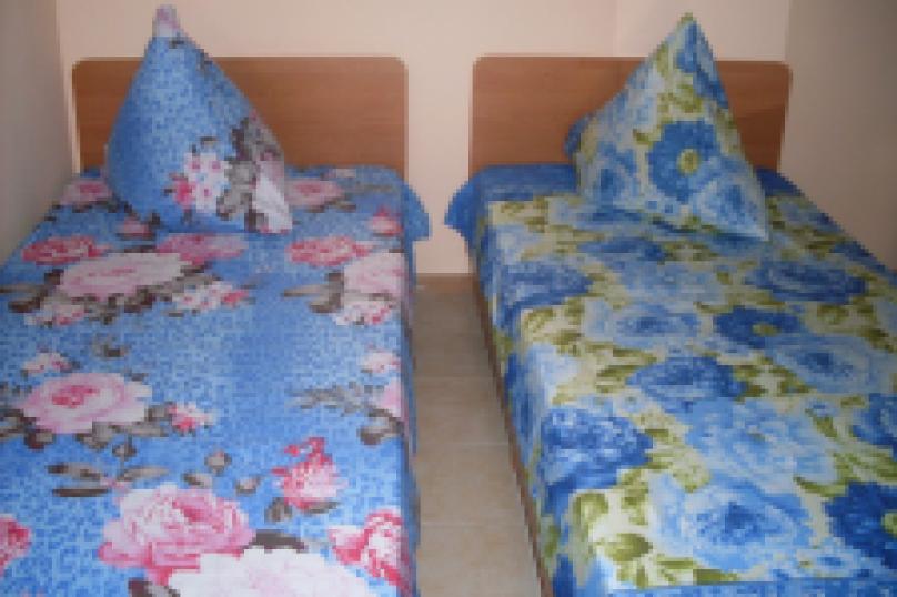 комната №7 (двухместная), Земская улица, 5, Феодосия - Фотография 5