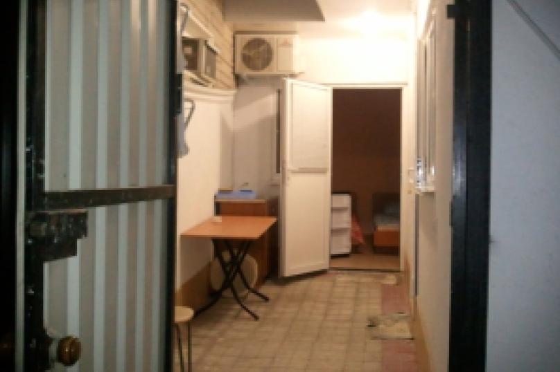 комната №8 (двухместная), Земская улица, 5, Феодосия - Фотография 10