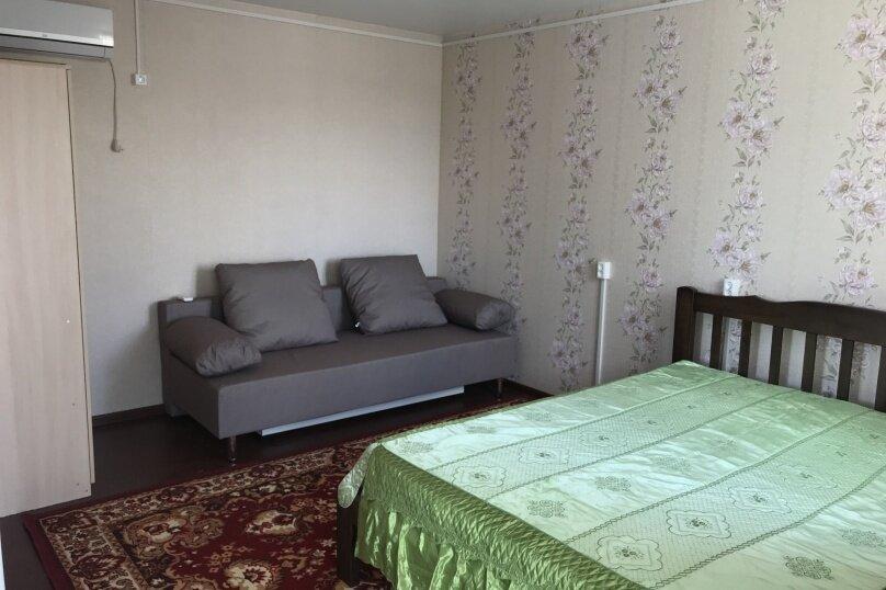 Комната-студия, улица Гоголя, 34, Ейск - Фотография 1