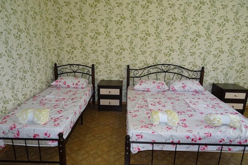 """Гостиница """"На Лакоба 47А"""", улица Лакоба, 47 а на 15 комнат - Фотография 12"""
