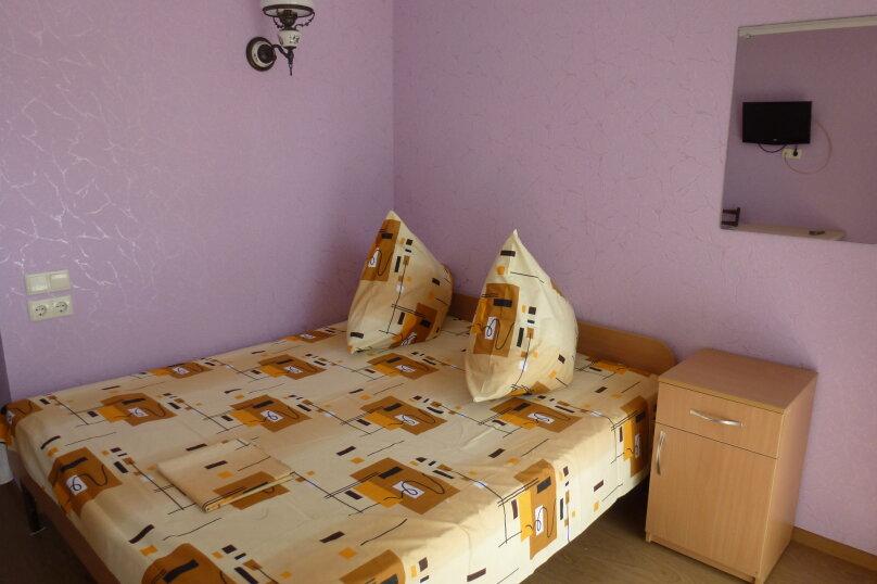 """Гостевой дом """"Лавровый"""", Кооперативный переулок, 6 на 4 комнаты - Фотография 4"""