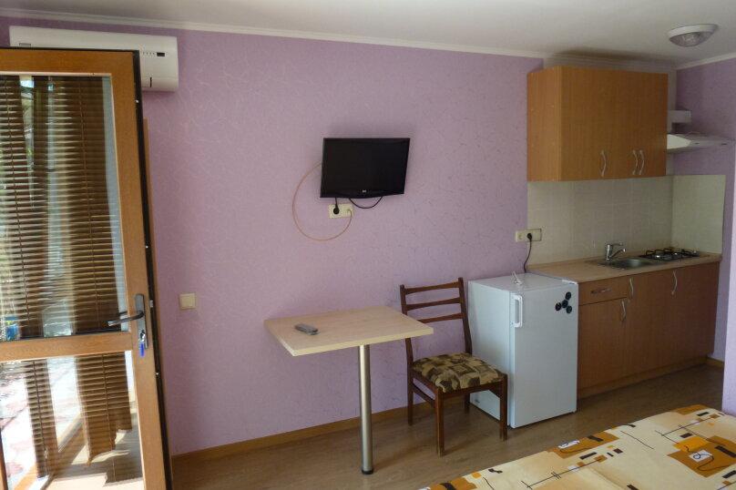 """Гостевой дом """"Лавровый"""", Кооперативный переулок, 6 на 4 комнаты - Фотография 9"""