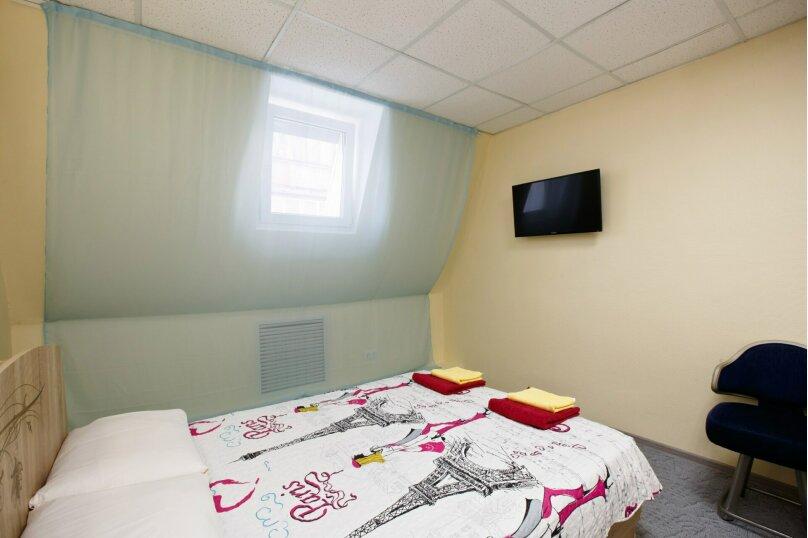 """Хостел """"Mini Hotel TMN"""", Республики, 181/1 на 11 номеров - Фотография 15"""