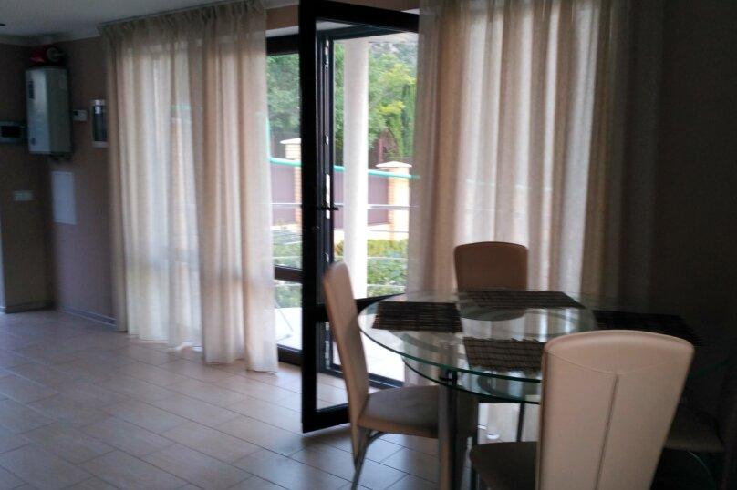 Гостевой дом, 48 кв.м. на 4 человека, 1 спальня, Гайдара, 5, Гурзуф - Фотография 13