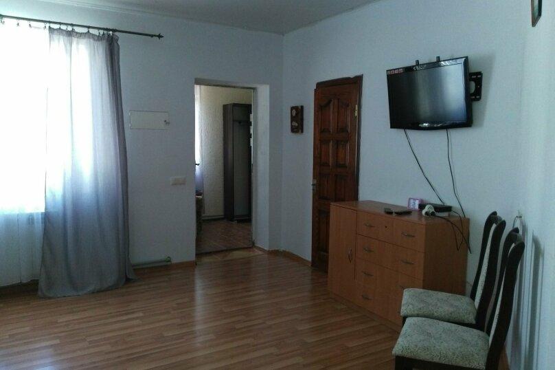 Коттедж со спальней, кухней-студией и санузлом, Тенистая, 10, Заозерное - Фотография 8