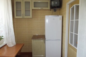 1-комн. квартира, 37 кв.м. на 5 человек, переулок Шаумяна, Феодосия - Фотография 4