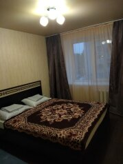 2-комн. квартира, 55 кв.м. на 5 человек, Октябрьская улица, 215/1, Ейск - Фотография 1