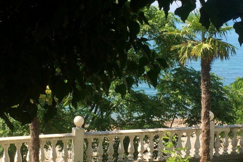 Вилла на берегу моря, улица Лакоба, 19 на 2 номера - Фотография 10