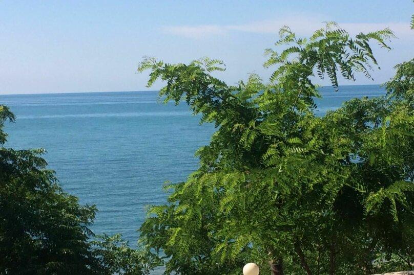 Вилла на берегу моря, улица Лакоба, 19 на 2 номера - Фотография 11