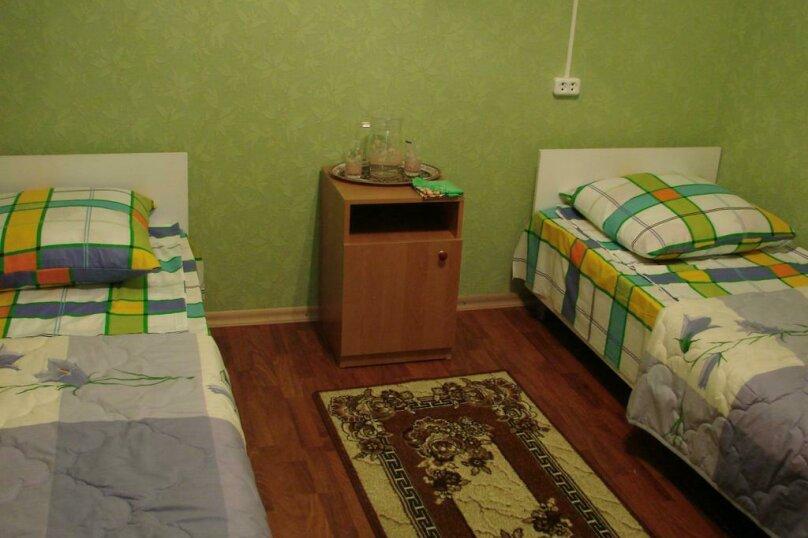 2-х местный номер, улица Героев 4 Марта, 30, Сухум - Фотография 4