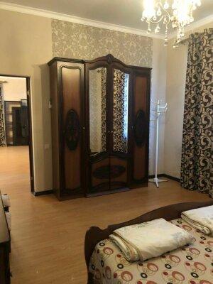 Дом на 6 человек, 3 спальни, улица Агрба, 13, Лдзаа, Пицунда - Фотография 1