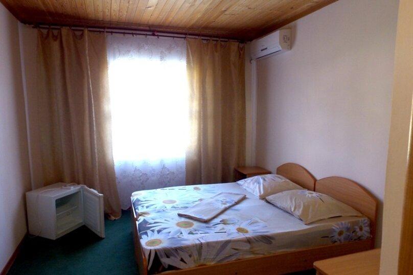 3 местный номер стандарт, микрорайон Мечта, 12, село Пляхо , Новомихайловский - Фотография 1