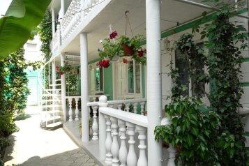 Гостевой дом №1. , улица Самбурова на 7 номеров - Фотография 1