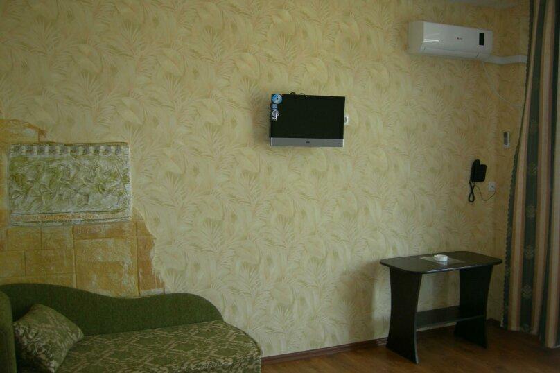 Полулюкс без балкона, улица Слуцкого, 29, Лазурное, Алушта - Фотография 1