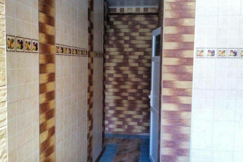 Люкс на 1 этаже двухкомнатный на 4-5 человек, улица Тучина, 91, Евпатория - Фотография 4