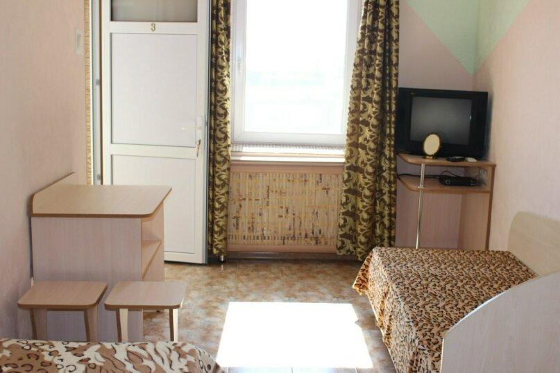 Второй этаж, комната на 2 человека, улица Тучина, 91, Евпатория - Фотография 8