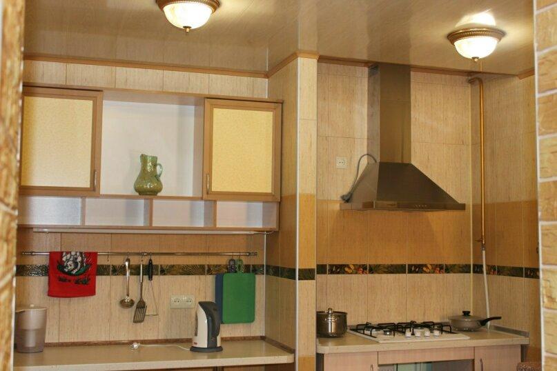 Второй этаж, комната на 2 человека, улица Тучина, 91, Евпатория - Фотография 11