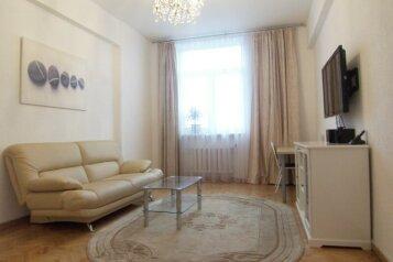 2-комн. квартира, 72 кв.м. на 5 человек, улица Ленина, Промышленный район, Ставрополь - Фотография 1