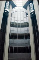 Отель , проспект Богдана Хмельницкого на 63 номера - Фотография 3