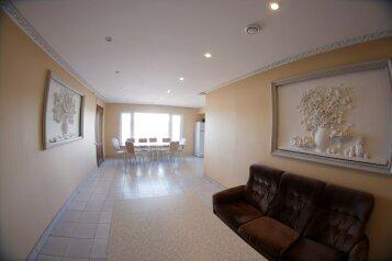 Коттедж, 200 кв.м. на 13 человек, 5 спален, СНТ Южное, Сосновый Бор - Фотография 2